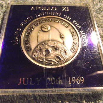 1969-nasa-usa moon landing-20th july 1969-medal-coin. - US Coins