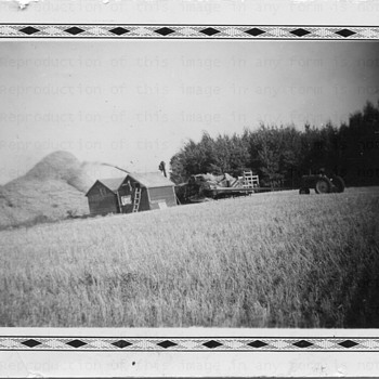 Threshing - Photographs