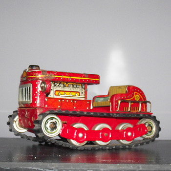 Modern Toys Japan.Battery Operated  Tractor - Model Cars