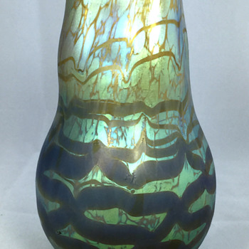 "Loetz ""Maximia"" Vase. 6"" Tall. Circa 1904 - Art Glass"