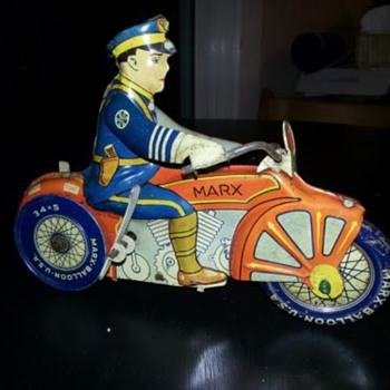 1935 Marx wind-up tin toy motorcycle - Toys