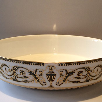 Royal Worcester oval bowl
