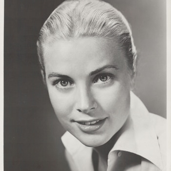 Grace Kelly Portfolio Photo (1952) - Photographs