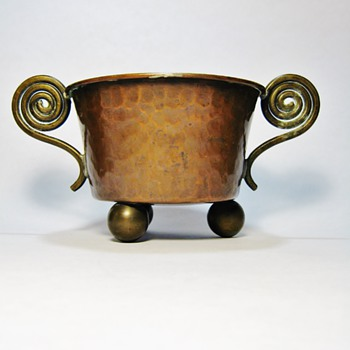 UNKNOWN SWEDISH COPPER PLANTER