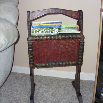 OLD TRAMP MAGAZINE RACK - Folk Art