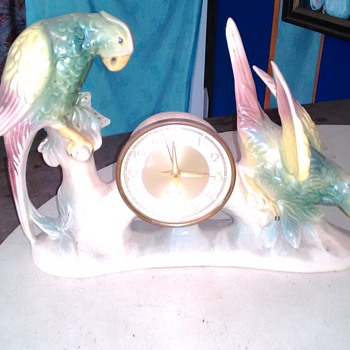 Jema holland parrot clock