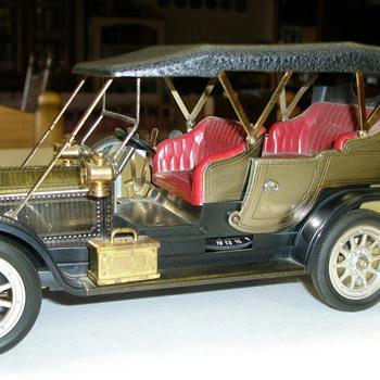 1919 Rolls Royce Transistor Radio