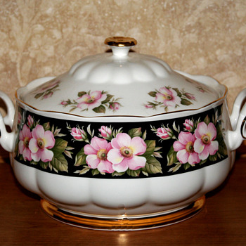 Royal Albert Provincial Flowers Alberta Rose serving pieces