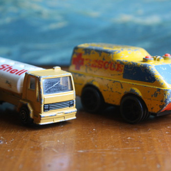 2 Vintage Toy Cars