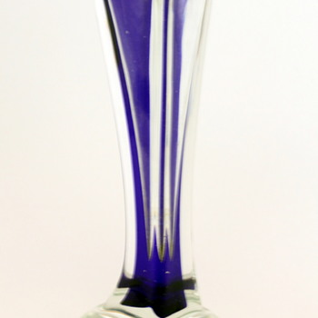 Art glass vase by Ruri Iwata