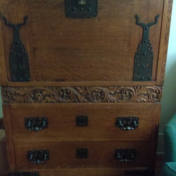Dresser unknown origin