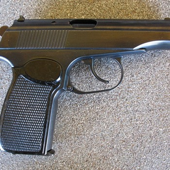 East German Makarov pistol dated 1962