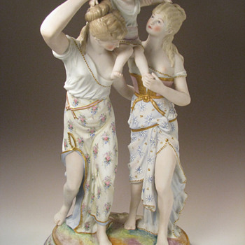 Antique Vion et Baury Neo-Classical Bisque Porcelain Figurine - Figurines