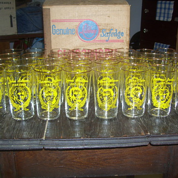 Set of 32 Presidents Glasses - Glassware