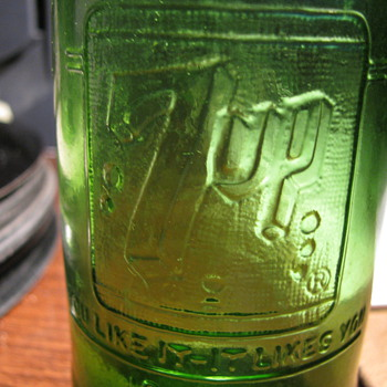 Seven up bottle -- No labels