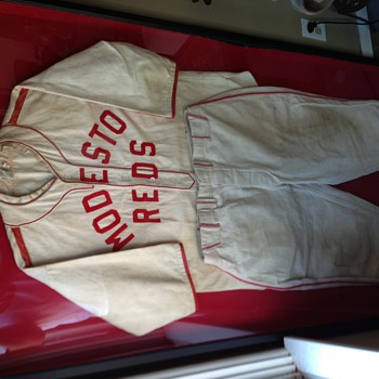 RARE Modesto Reds Minor League Baseball Jersey / Uniform * 1930's - Baseball