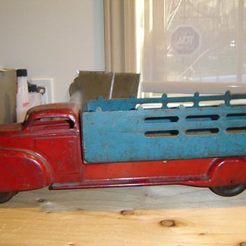 1940&#039;s Marx 20&quot; truck