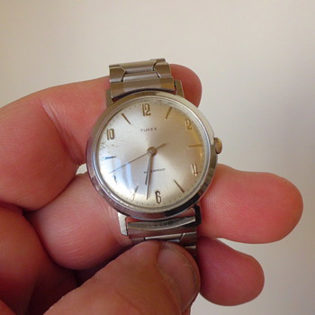 cool old Timex mens wristwatch - Wristwatches