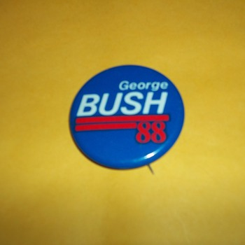 CAMPAIGN BUTTONS - Medals Pins and Badges