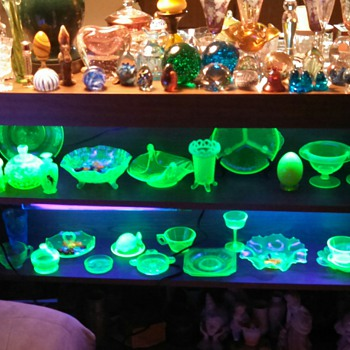 Added shelf for Uranium glass! - Glassware