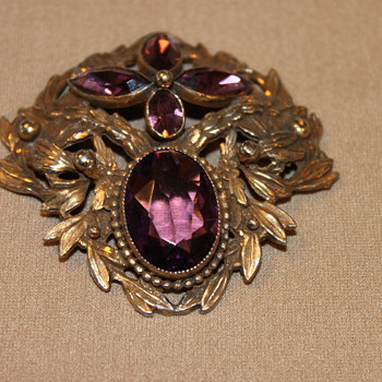 Companion to Freiheit's piece? - Costume Jewelry