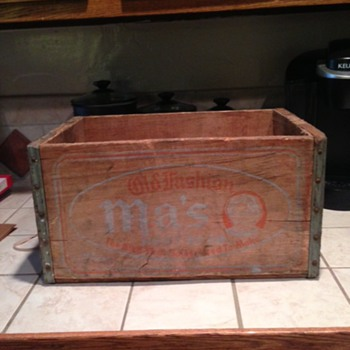 1941 Ma's Root Beer Crate