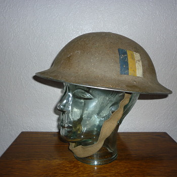 British WWII combat helmet. Royal Army Service Corps. - Military and Wartime