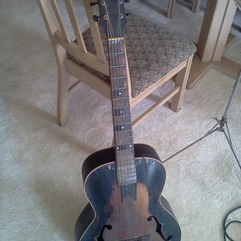 kalamazoo archtop seriel #2824 - Guitars