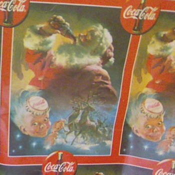 Coca Cola christmas  paper  . What year?  The print from Coca-Cola Cap is 4&quot; by 5&quot;. I have a piece 30&quot; by 6&#039; ? - Christmas