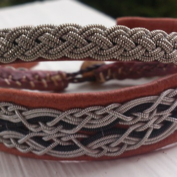 Sami Jewelry - handmade bracelet made of braids of pewter wire and raindeer leather