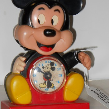 Mickey Mouse clock - Clocks