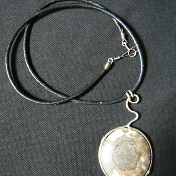 Native American Necklace/choker Fossil Ammonite