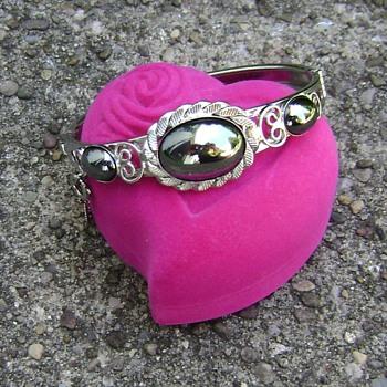Vintage Costume Jewelry Bracelet - Hematite