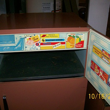 Child size Kitchen set made by Sears circa 1960's with great graphics  - Toys