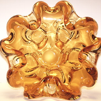"Amber Glass Bowl""Chalet""Canada,,AKA-Huge Asthray,Part -2"