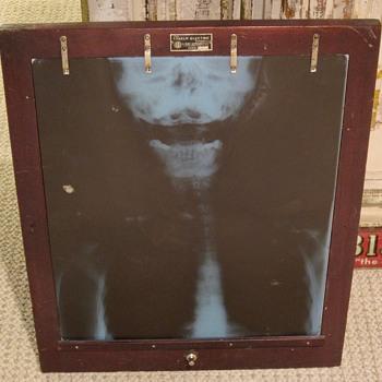 X-Ray machine 1945 - Electronics