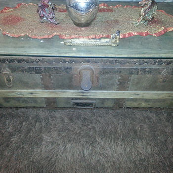 antique trunk from first ship to Australia