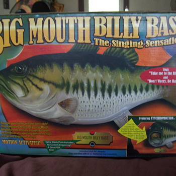 BIG MOUTH BILLY BASS  - Toys