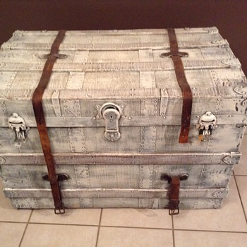 My Beautiful new hope chest! Want to learn more about it!