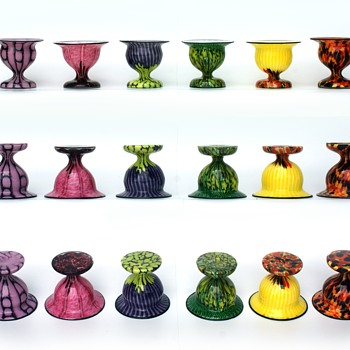 Welz Shape 8739 side by side comparison - Art Glass