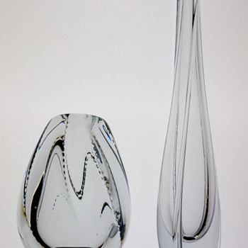 Two small vases - Gunnar Nylund for Strombergshyttan.