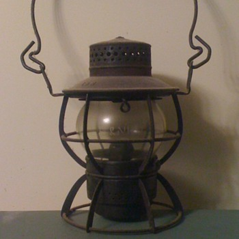 L&N (Louisville and Nashville) Railroad Switchman Lantern - Railroadiana