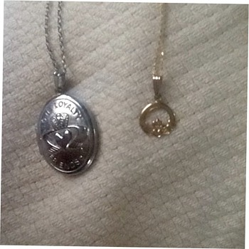 Claddaugh locket and pendant