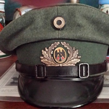Weimar Republic Reichsheer Pioneer Visor Cap - Military and Wartime