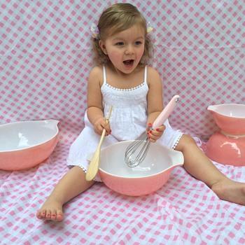 Pink Cinderella bowls - Kitchen