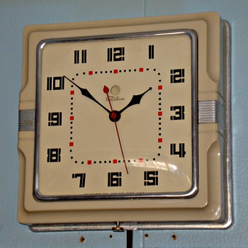 Telechron 2H11S  The Caf - Clocks