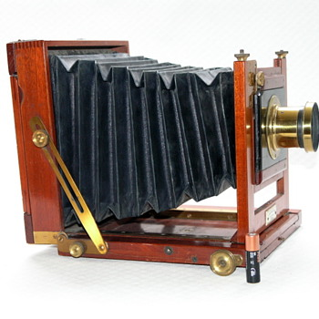 J. Robinson and Sons Acme stand camera, 1885. - Cameras