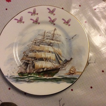 Royal Sutherland bone china plate