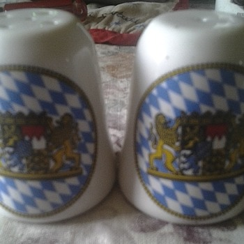 KM Barvaria salt and pepper shakers