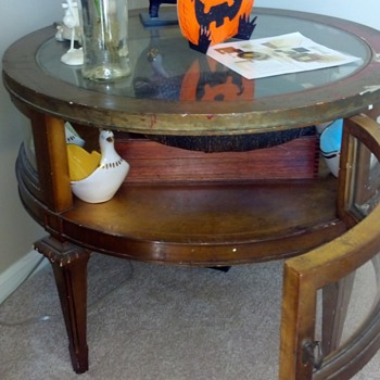 weiman heirloom quality gold leaf drum table